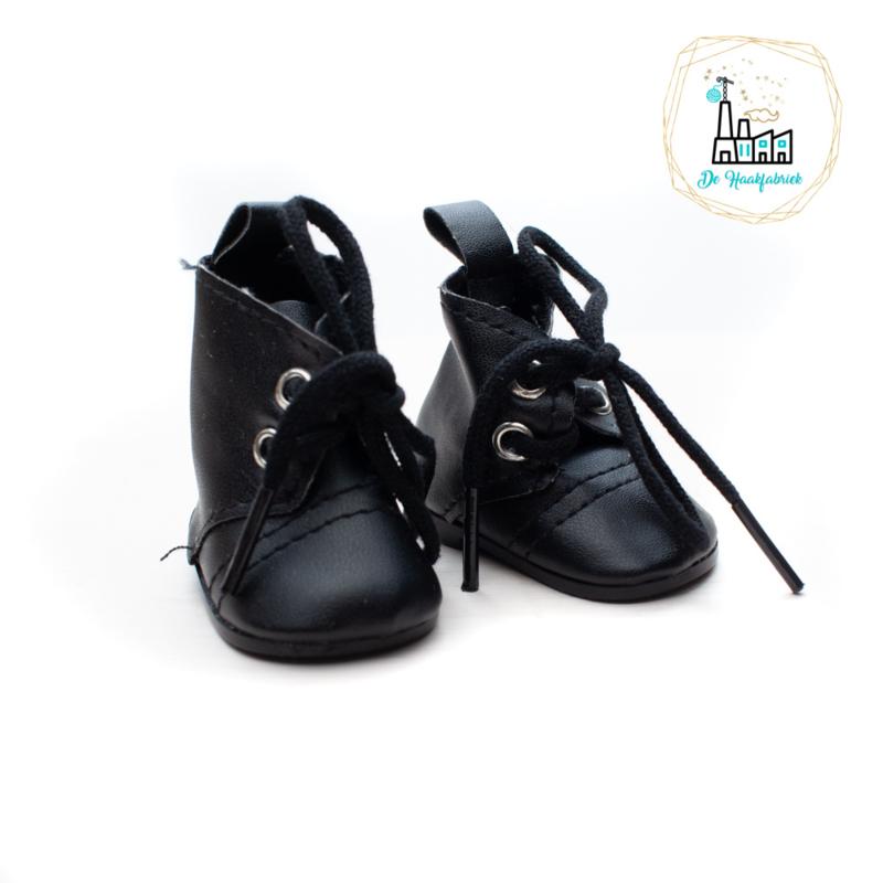 Schoentjes voor Amigurumi Poppetjes Zwart met Veter laarsjes Model