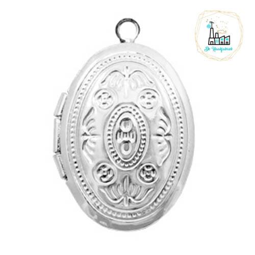 Metalen bedel medaillon ovaal Zilverkleurig ca. 22x20mm