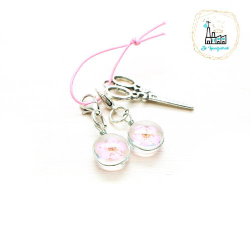 Light Pink Stitch Markers / Progress Keepers with dried Flowers