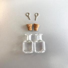 Mini vierkanten glazen flesjes met kurk & schroef - 2 pcs