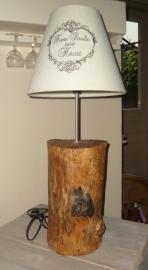 Boomstam lamp