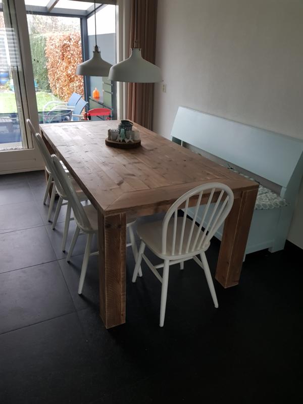 Oud steigerhouten tafel