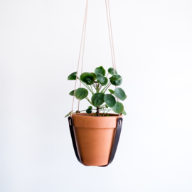 LEATHER PLANT HANGER - NEARLY BLACK
