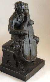 Boekensteun cellist