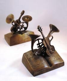 Boekensteun muziekinstrumenten