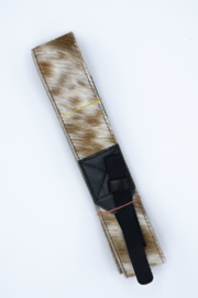 Cameraband | dierenprint wit/bruin