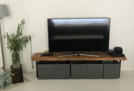 Eiken tv/speel meubel