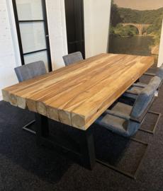 Plantage teak tafel