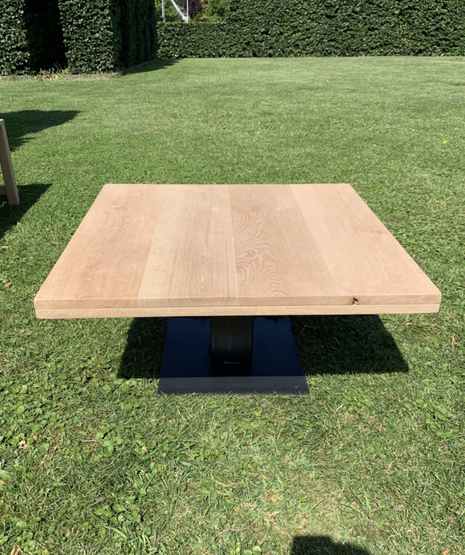 Rustiek eiken salon tafel