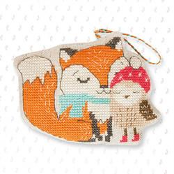 Hanger fox and owl