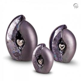 Keramische urn, grijs/blauw met zilveren hart.