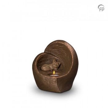 Keramische urn met waxinelicht en poesje of hondje of kluifje in bronzen afwerking