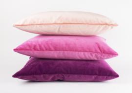 "Kussen Velours ""Warm Purple 9416""  45x45"
