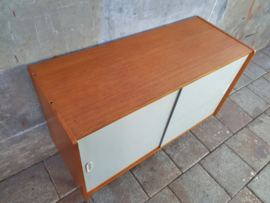 Jiroutek Design Dressoir Wit U-452