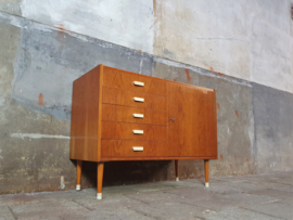 Jaren '60 Design Dressoir | by Mezulanik