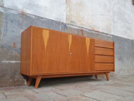 Design Lowboard by Jiroutek U-460 | Licht II