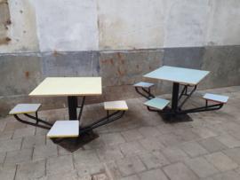 School Kantine Tafels & Stoelen | Jaren '60