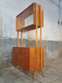 2- Zijdig Highboard | Design by Jirák III