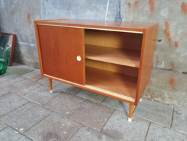 Jaren '60 Design Dressoir | by Mezulanik II
