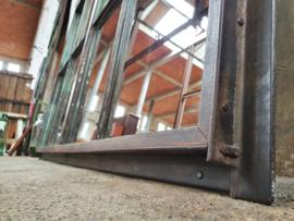 XL Industriële Groene Stalen Spiegel | R310x150