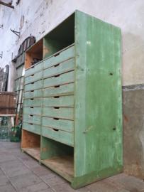 XL Vintage Groene Laden & Vakkenkast