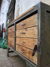 Groene Stalen Ladenkast | Army