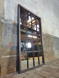 XL Industriële Stalen Spiegel | R158x98