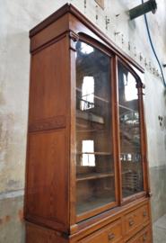 Antieke Belgische Vitrinekast