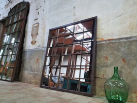 XL Industriële Stalen Spiegel | R162x147