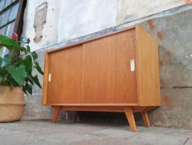 Design Dressoir Jiroutek U452 Hout