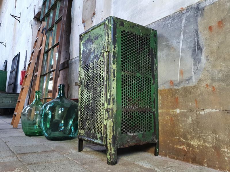 Groen Stalen Lockerkastje