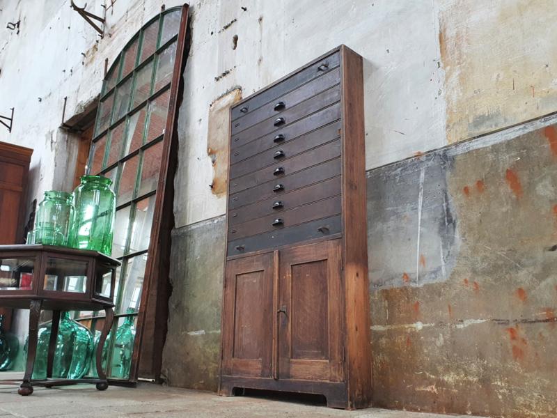 Antiek Grenenhouten Ladenkastje
