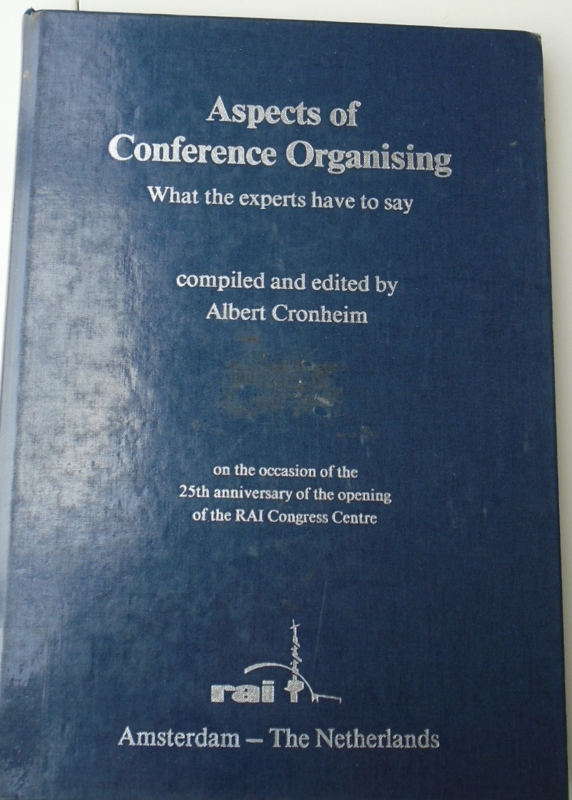 ENGELS ASPECTS OF CONFERENCE ORGANISING 9073649013