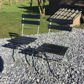 Zwarte bistro stoelen