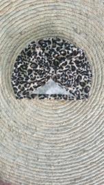 Panter mutsje met strik