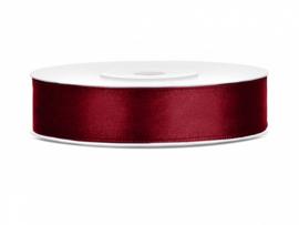 Satijn lint, diep rood, 12mm - 25M