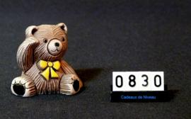 Handgemaakt in Uruquay model Teddy Beer (gele strik)