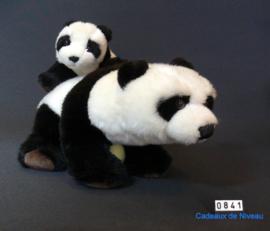 Pandabeer met jong materiaal Pluce