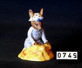 "model Bunnykinds  ""Seaside""  Royal Doulton"