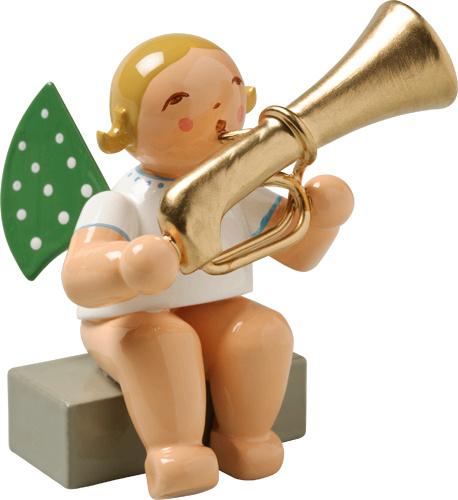 650/28a Orkest : Engel met Bass Trompet zittend 5,5 cm