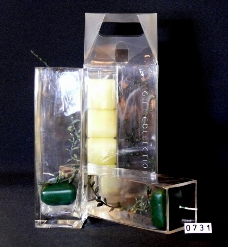 2 x Drijfkaarsen in vierkant glas