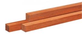 Fijnbezaagde paal 5 x 5 x 150 cm gepunt Hardhout