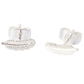 BETTY BOGAERS little feather earrings