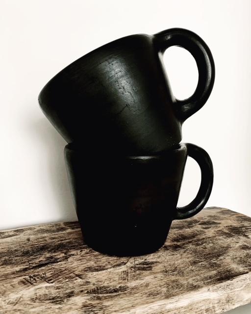 BLACK POTTERY mug S