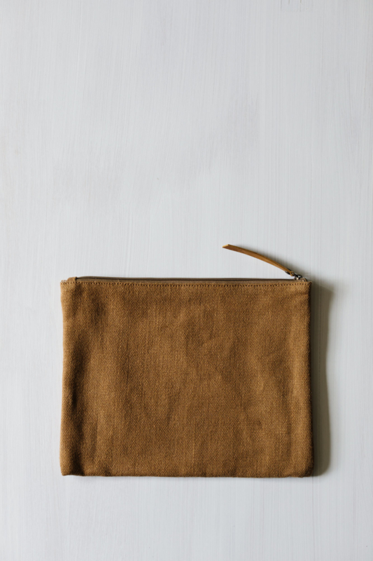 THE DHARMA DOOR pouch L