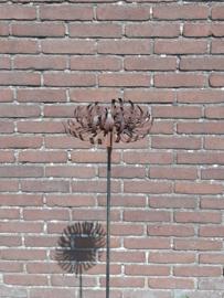 Tuinsteker Chrysant 3D op stok roestijzer