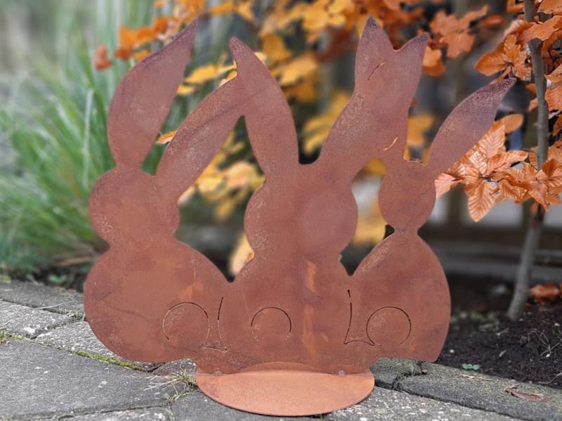 3 bunny's op plaat achtersilhouet roestijzer