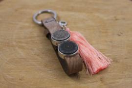 Sequoia brown vintage pink sleutelhanger