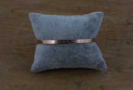 Quote armband 'Love Life and Enjoy Every Moment' rosegold