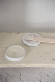 Vintage Paint Antique wax pearl